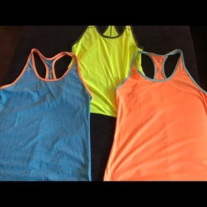 Tank top workout bundle M